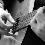 Tập đàn guitar bế tắc phải làm sao?