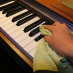 Hướng dẫn làm sạch phím đàn piano cũ