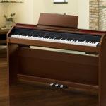 Piano cơ bằng giá Piano điện, có nên mua?