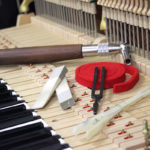 Hướng dẫn cách lên dây đàn piano đúng chuẩn