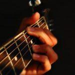Để đánh được guitar cần học bao nhiêu thời gian?