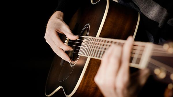 Chơi đàn Guitar cần có những phụ kiện nào?