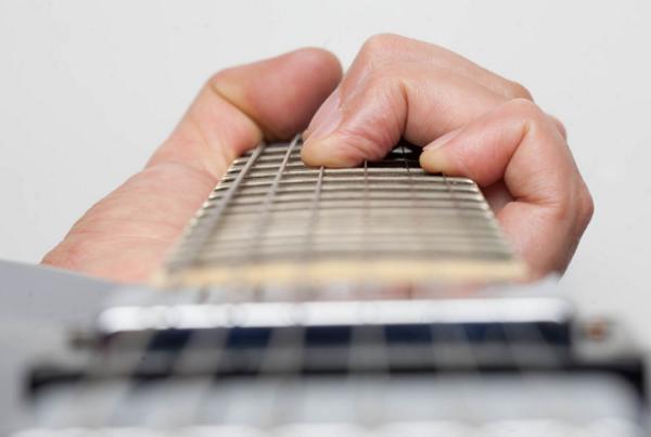 Những  loại dây đàn guitar và cách chọn dây đàn đúng chuẩn